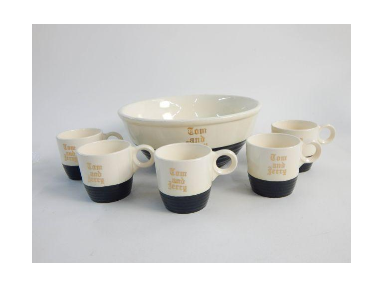 Universal Pottery Tom & Jerry Punch Set