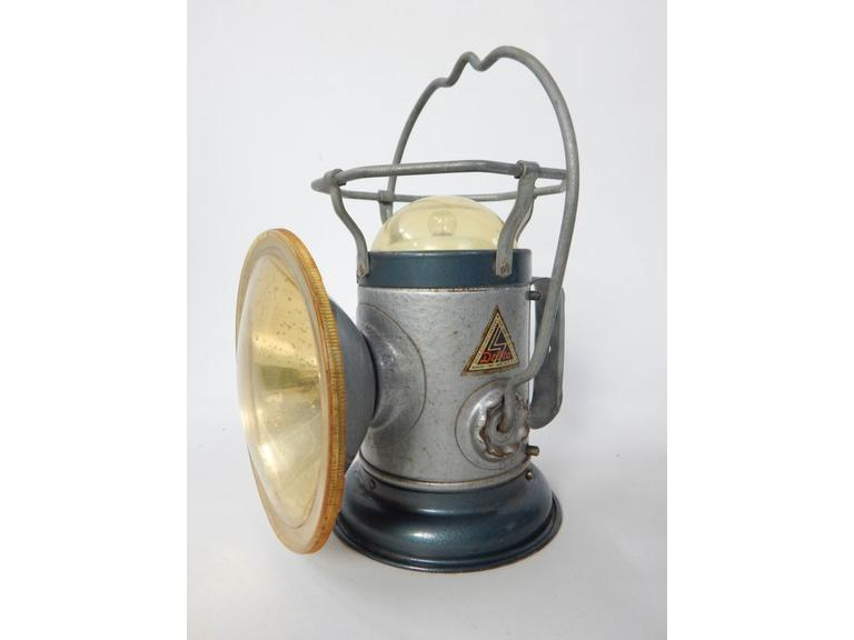 Old Delta Battery Search Light Lantern