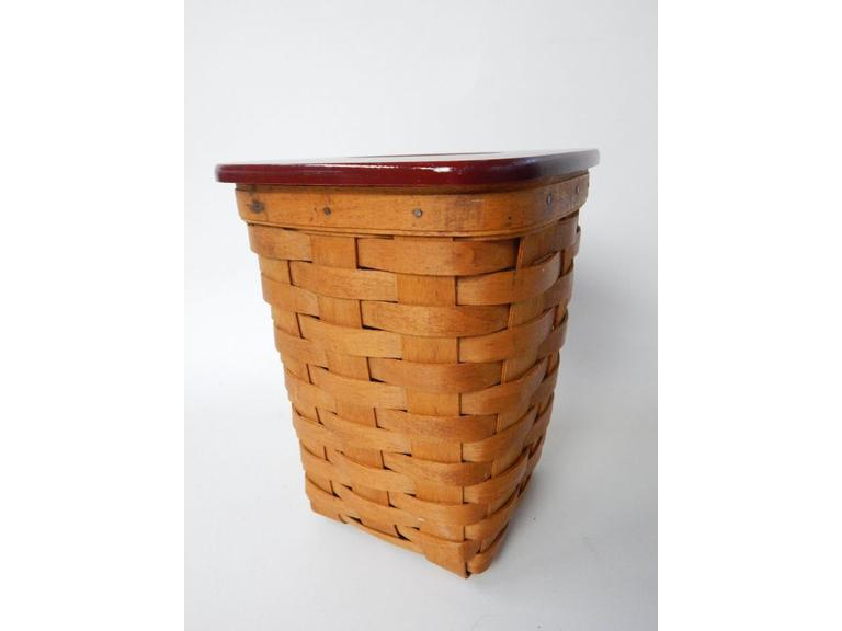 1993 Longaberger Tissue Basket