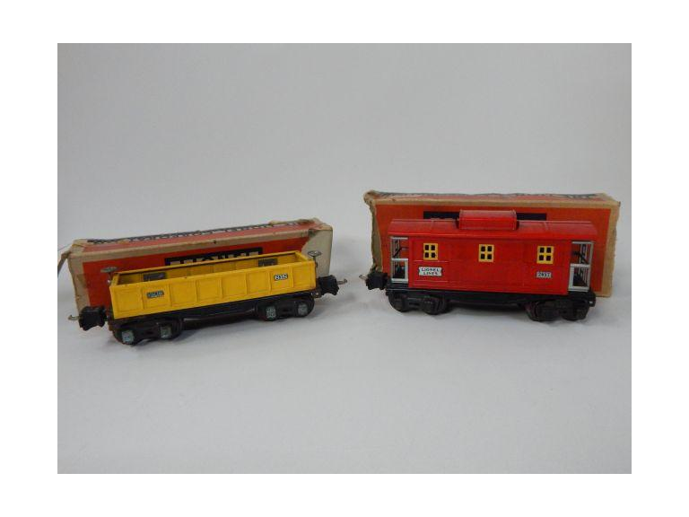 Prewar Lionel Metal Train Cars