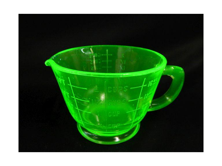 Green Uranium Glass Measuring Cup