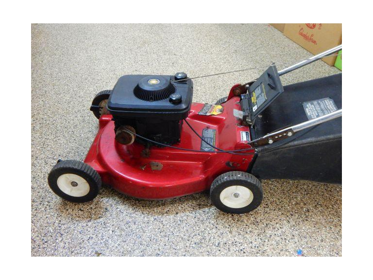 Briggs & Stratton Lawn Mower with Bag