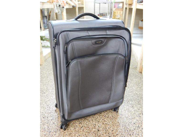 Samsonite Large Rolling Luggage Case