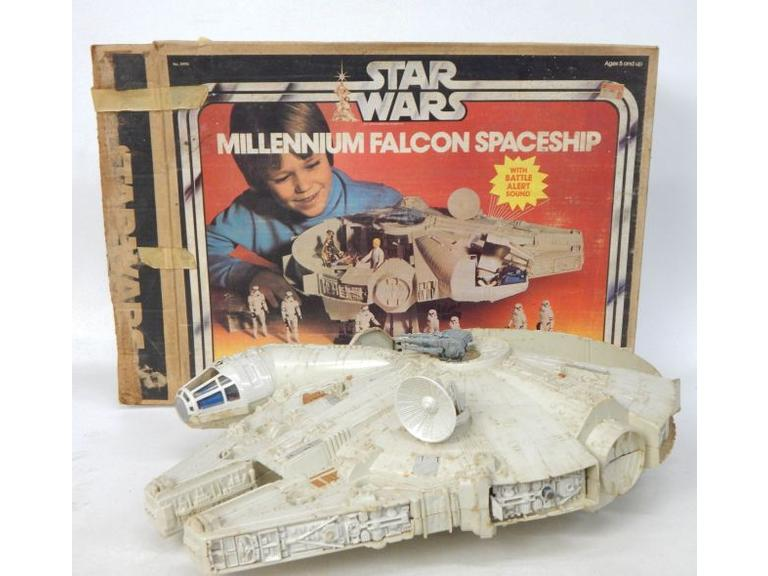 1977 Star Wars Millennium Falcon with the Box
