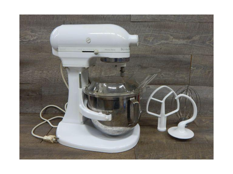 Kitchen Aid Heavy Duty Mixer with Attachments