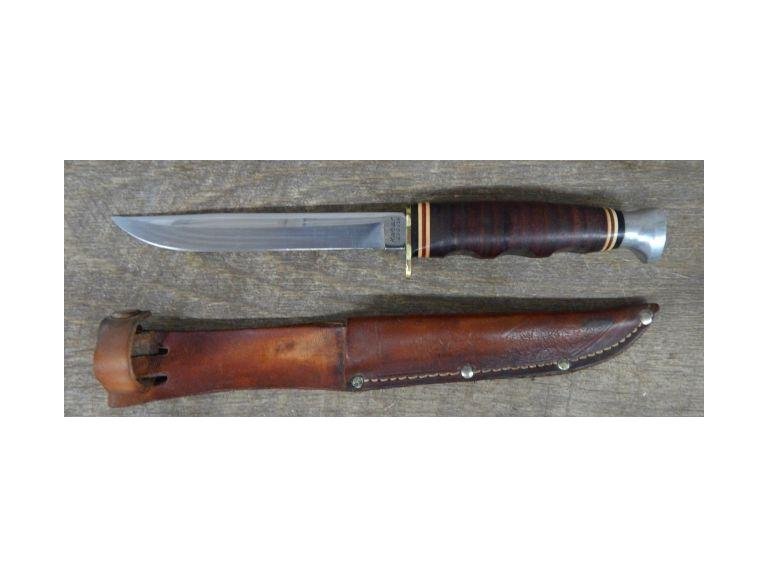 Kabar Hunting Knife with Sheath