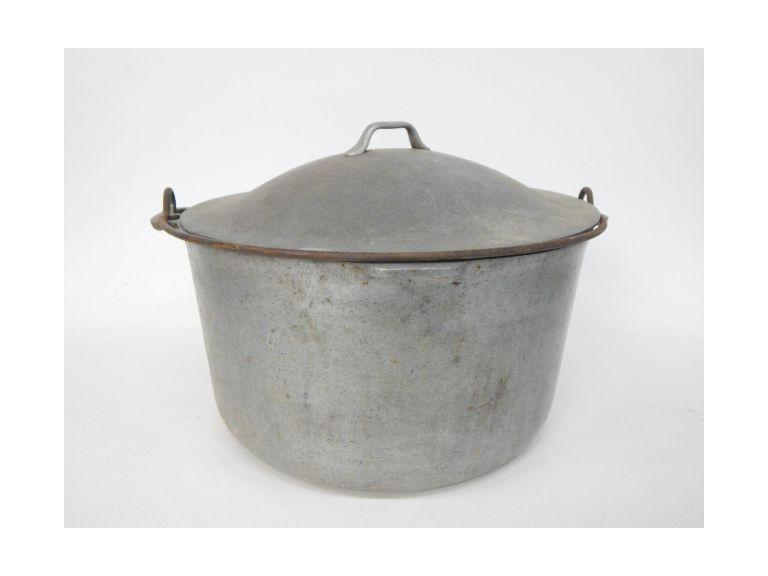 Large Aluminum Cooking Pot