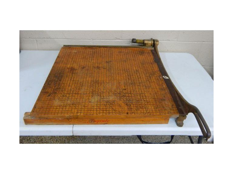 Large Ingento Paper Cutter