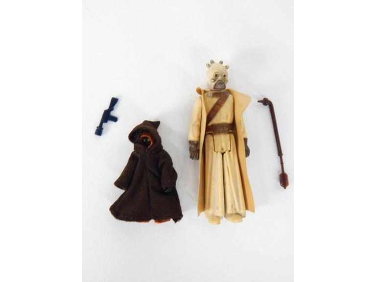 Star Wars 1977 Sand People and Jawa Figures