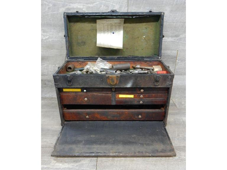 Old Machinist Toolbox