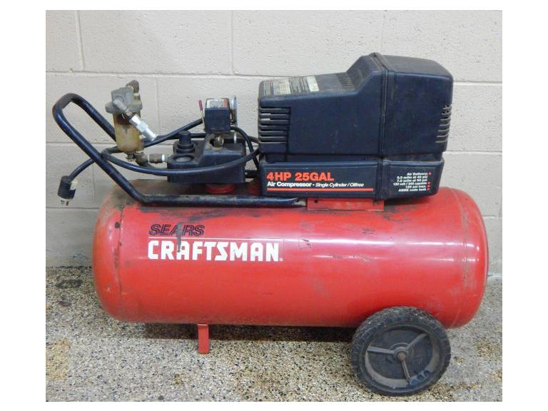 Craftsman  25 Gallon Compressor