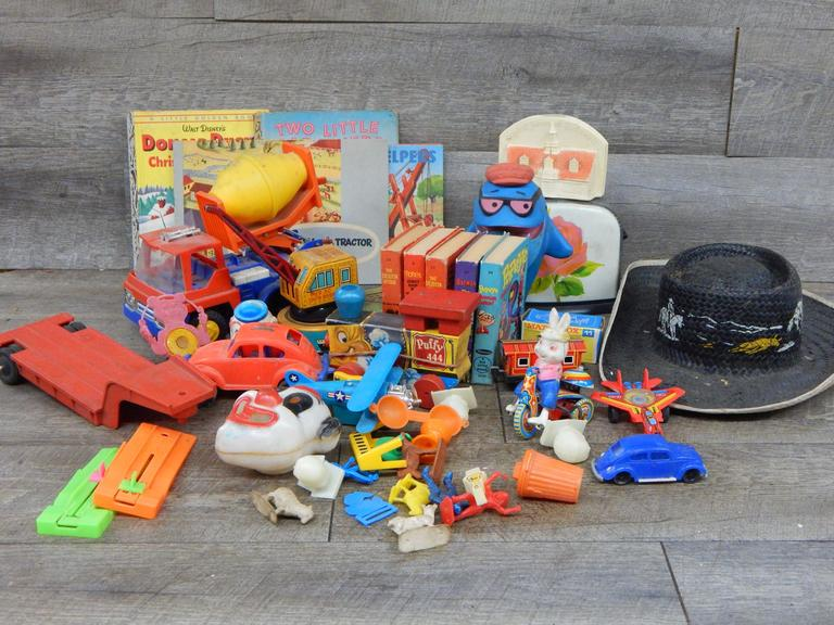 Collection o Old and Vintage Toys