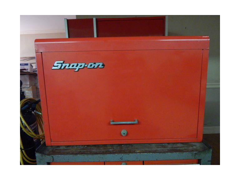 Snap-On 9 Drawer Top Box with Key