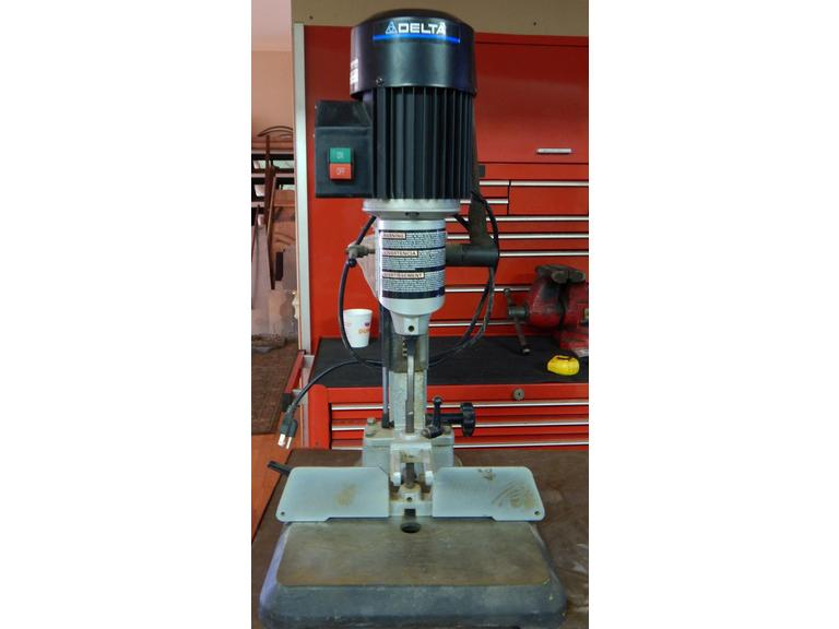 Delta Deluxe Hollow Chisel Mortiser Machine
